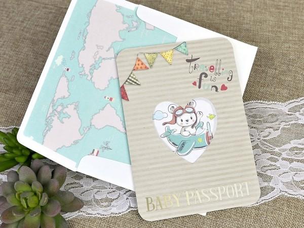 Invitatie de botez pasaport